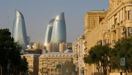 Baku: Ezeregyéjszaka a Kaszpi-tenger partján